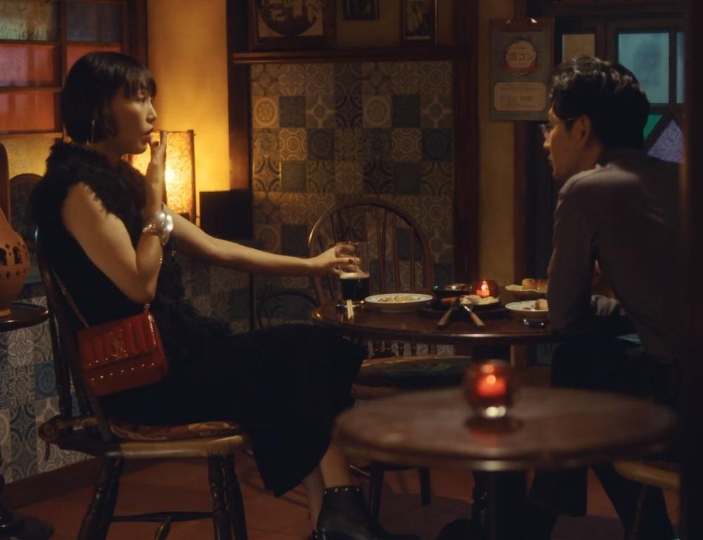 【獣になれない私たち・1話ドラマ衣装】菊地凛子の服・靴・バッグは?画像
