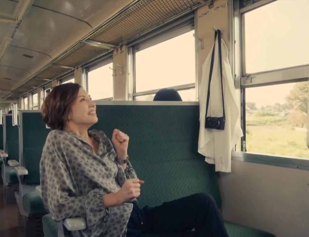 【リーガルV・2話ドラマ衣装】米倉涼子の服・靴・バッグ・アクセは?画像